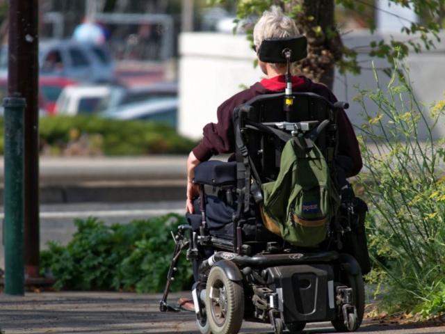Povinnosti zamestnávateľa pri zamestnávaní zdravotne postihnutých občanov